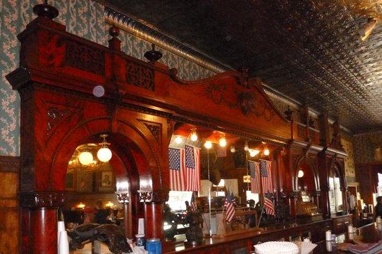 Buffalo Bill's Irma Hotel: Original Back Bar