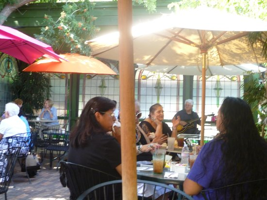 Backstreet Restaurant: The Patio Garden