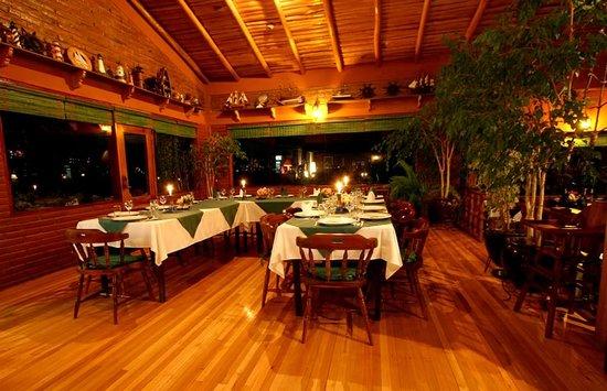 PuertoLago Country Inn : Platos nacionales e internacionales para complacer todos los paladares