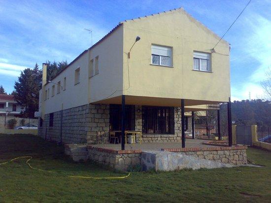 Albergue Juvenil Sierra de Gredos: EDIFICIO