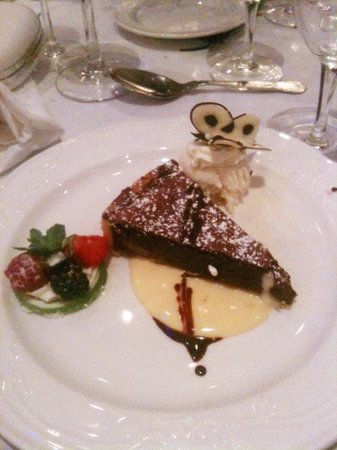 The Keadeen Hotel: Desert: Chocolate Torte Heaven