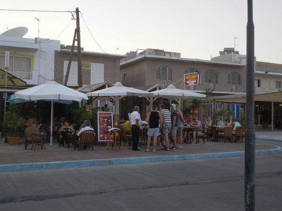 Agrelli Hotel: at beach...
