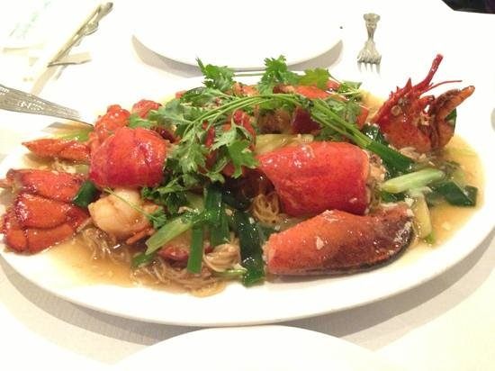 Mandarin Kitchen: Lobster noodles in ginger and spring onion
