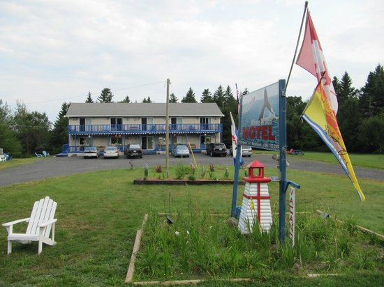 Campobello Whale Watch Motel: Street View
