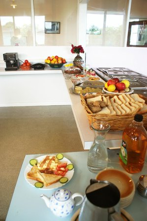 42b College House: Buffet for functions