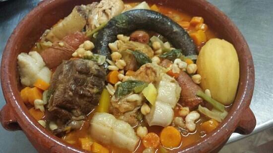 Alcala de Guadaira, Spanien: cocido andaluz