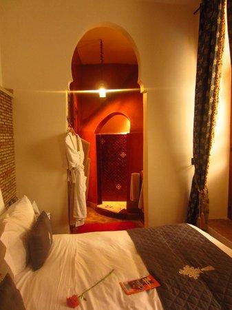 Riad Lena & SPA: bathroom