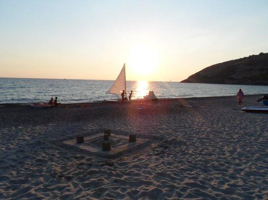 Villaggio Touring Marina di Camerota: Tramonto sulla spiaggia
