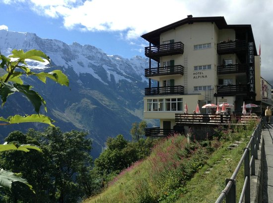 The Hotel Alpina safely perched on the cliff