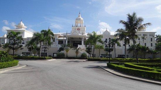 Hotel Riu Palace Punta Cana: Fachada