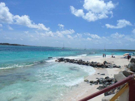 Orient Bay Beach: lado direito da praia: nudismo permitido