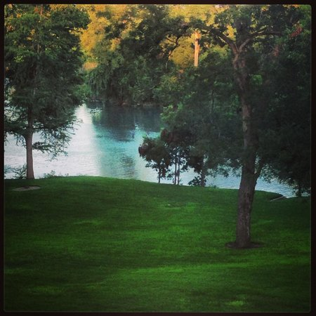 Courtyard by Marriott New Braunfels River Village : Beautiful view from our balcony :-)