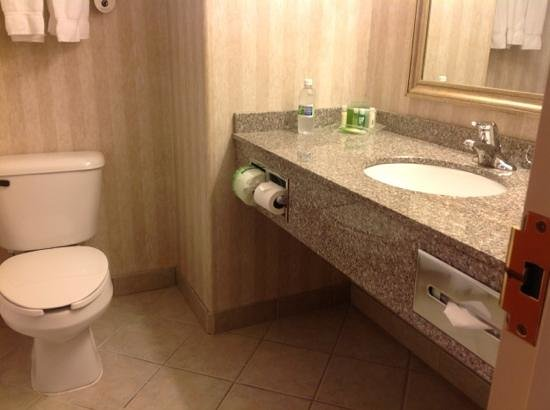 Holiday Inn Express Suites Airdrie : Add a caption