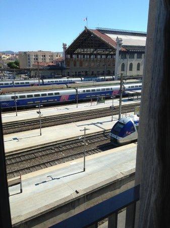 Adagio Access Marseille Saint Charles: Vue de la chambre