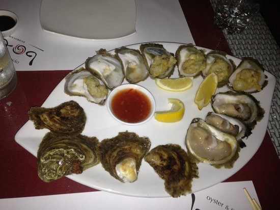 Oyster & Sushi Bar Bota : Oysters galore