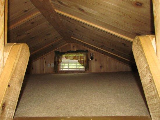 Lakeside Cabin Attic Picture Of Darien Lake Amusement