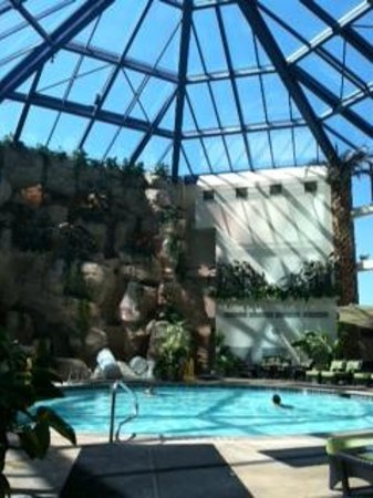 Atrium indoor pool warmer than outdoor pool picture of - Reno hotels with indoor swimming pool ...