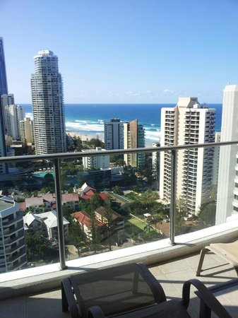 Artique Surfers Paradise: View from all the rooms looking out