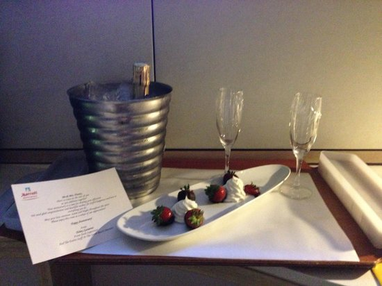 Marriott Stanton South Beach: Marriott celebrating our Anniversary with us
