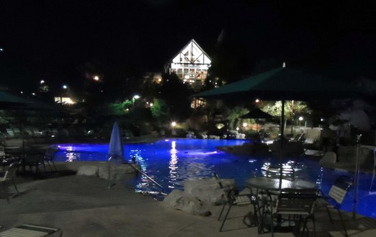 Marriott's Willow Ridge Lodge: Pool at night