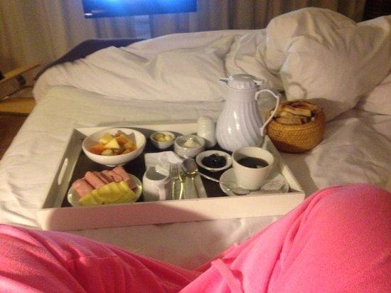 Casa Calma Hotel: Cafe no quarto