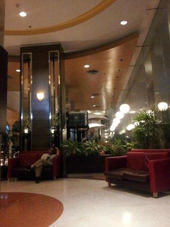 Hadyai Golden Crown Hotel: lobby