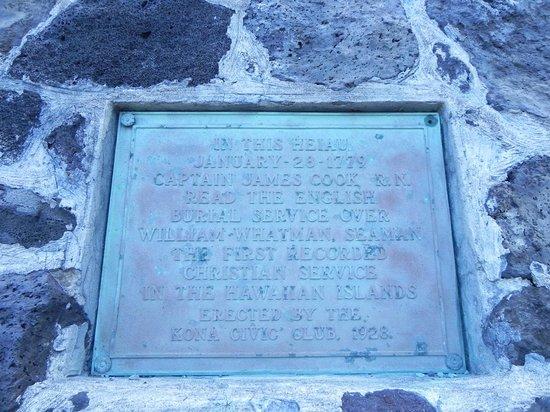 Kealakekua Bay State Historical Park: The Historic Heiau Sign