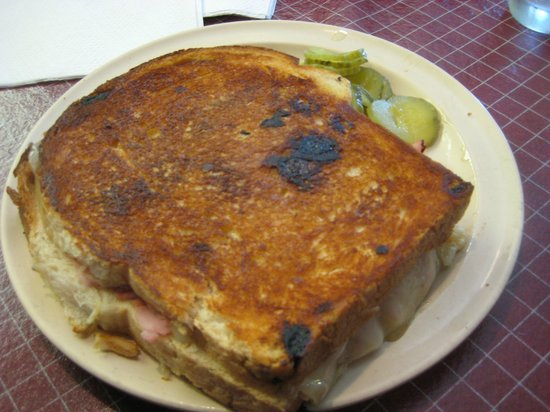 Belgian Village Inn, Vanderaisin sandwich