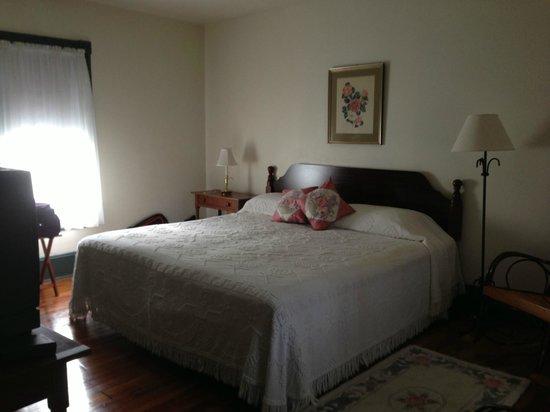 Golden Eagle Inn: Addison Room