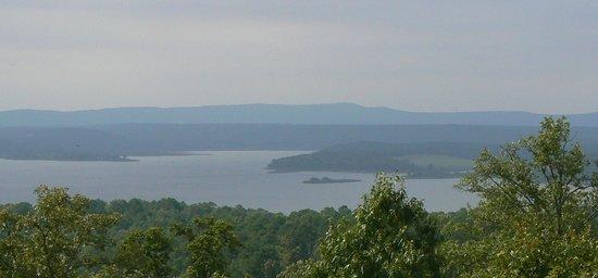 Edgemont, AR: Blue Clouds Resort Lake view