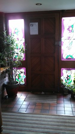 Ardawn House: Front Door with beautiful glass
