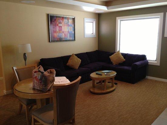 Orange Tree Golf Resort: Nice big comfy couch