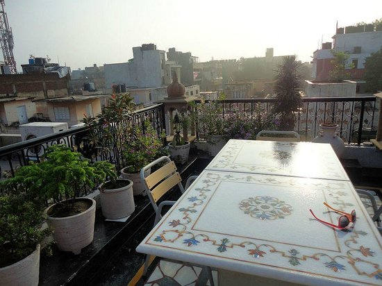 Bajaj Indian Home Stay: On the roof at Bajaj Indian Homestay.