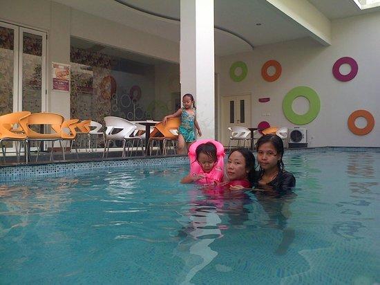 berenang yuk picture of favehotel kusumanegara yogyakarta region rh tripadvisor ie