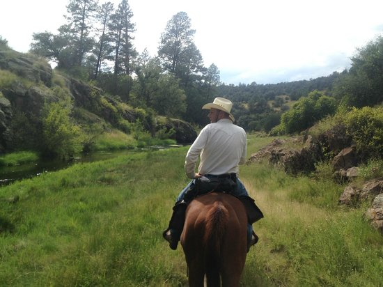 Geronimo Trail Guest Ranch: another view