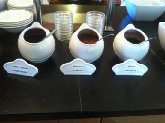 Hinterhuber Hotel Royal: marmellate fatte in casa