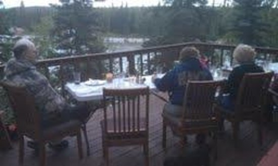 A River's Edge B & B: Overlooking the Kenai River