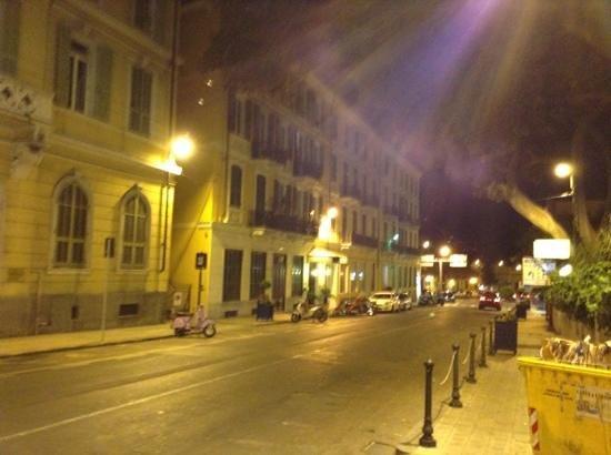 Hotel Belle Epoque : esterno di sera