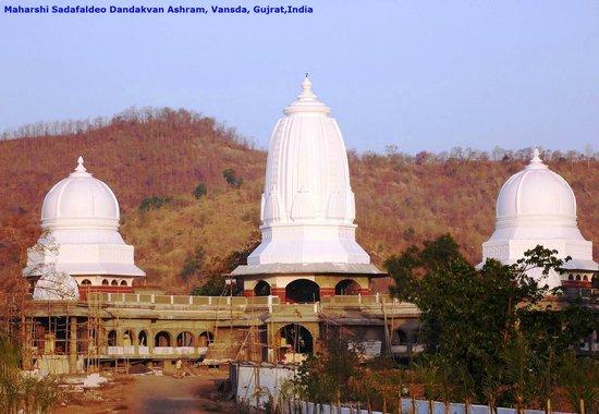 Saputara, อินเดีย: Dandakvan Ashram, Bansada, Gujrat, India