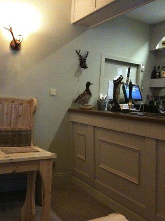 Loch Maree Hotel: Bar de l'hôtel