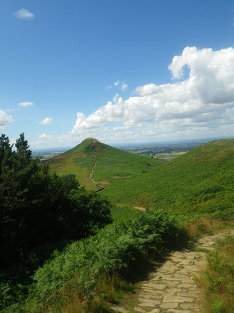 Roseberry Topping: Approaching