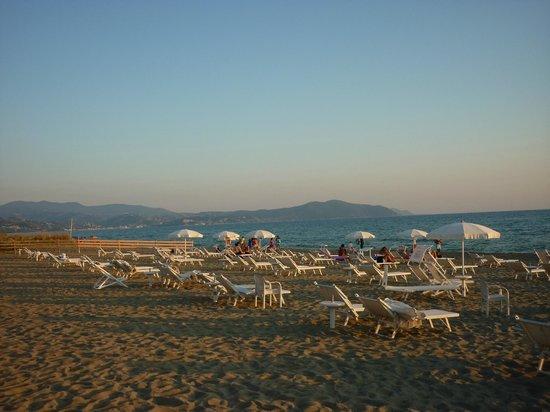 Schuhmann Strand Hotel: La spiaggia al tramonto