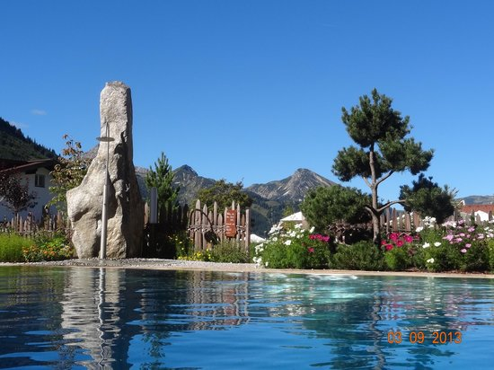 Wellnesshotel Engel : Der Pool