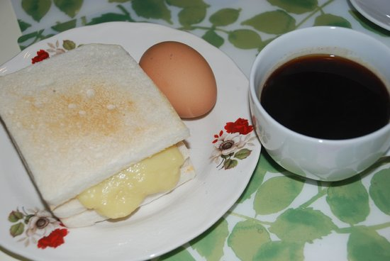 Rang Kha Mhin Home stay at Khao san,Bangkok: Kaya bread,egg and black coffee