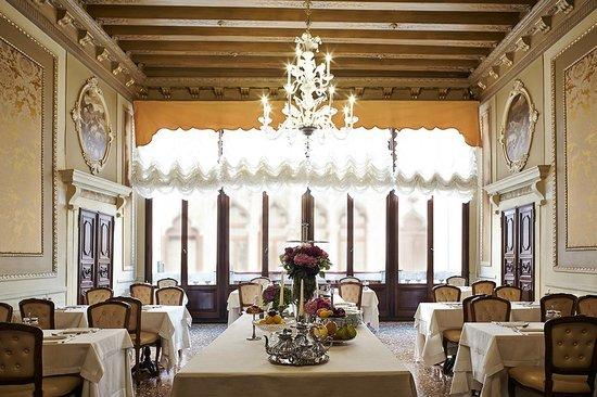 Palazzo Paruta: Breakfast