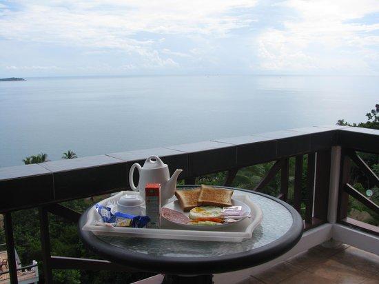 Ban Sua Samui: Desayuno en la terraza