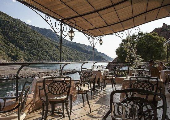 Restaurant le Belvedere: Terrasse du Belvédère le soir