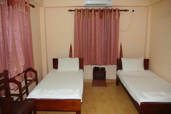 Hotel Lux Etoiles: la chambre 101 intérieur