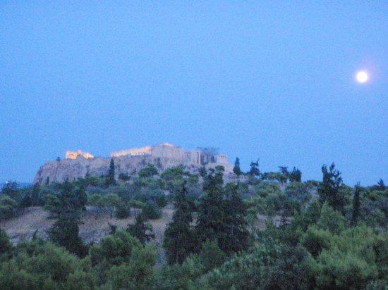 Filoistron : View to the Acropolis