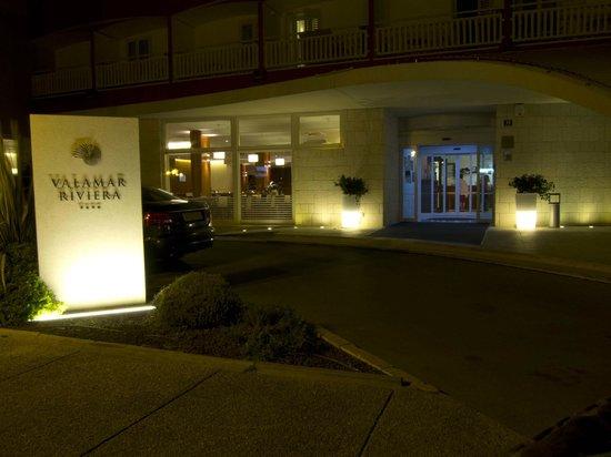 Valamar Riviera Hotel & Residence: Valamar Riviera at night